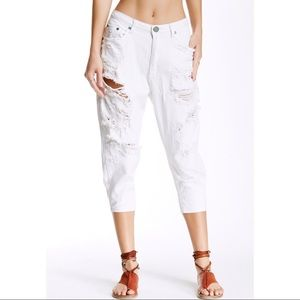 One Teaspoon Eagles Drop Crotch Cropped Jeans